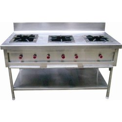 Silver Stainless Steel Three Burner Gas Stove, Size: 72x24x34