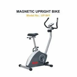 UP 941 Magnetic Upright Bike