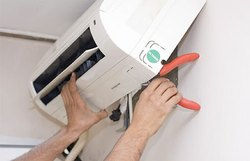 Split AC Repairing Servicing In Faridabad Sector 9