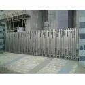 Silver Modern Stainless Steel Sliding Gate, For Residential