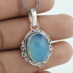 Gleaming Chalcedony Gemstone 925 Silver Pendant