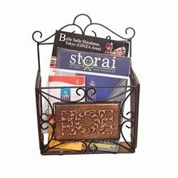 Wooden Wall Bracket Book Stand, Size: 30 x 15 x 60 Cm