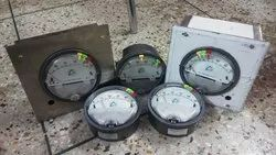 Aerosense Model ASG-202 Differential Pressure Gauge Range 0-2 PSI