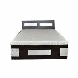 Modern Brown King Size Designer Wooden Bed, Warranty: 3 Year