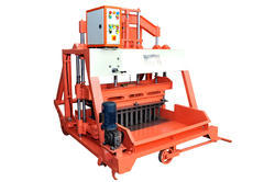 1060 Triple Vibrator Block Making Machine