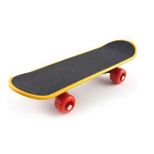 Plastic Bird Skateboard, Size: 13.8 x 4.3 x 2.7 cm, Rs 350 /piece | ID:  19095983388