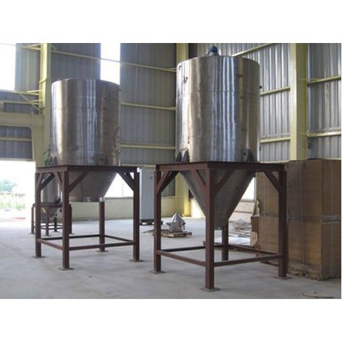 Stainless Steel Chemicals Storage Tank, Capacity: 1000-5000 L