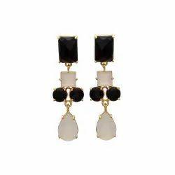 Milky Chalcedony & Black Onyx Earring