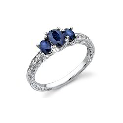Three Stone Ring In Sapphire And White Gold