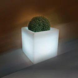 Kube 430 LED Planter