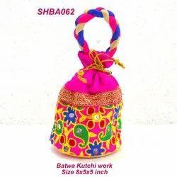 Batwa Kutchi Work