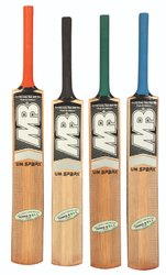 MB Malik Cricket Bat 'UM Spark'
