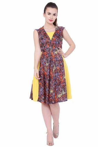 edae61501e1f9 Ladies Fancy Garments