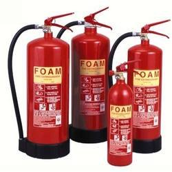 MECHANICAL FOAM WHEELED FIRE EXTINGUISHER