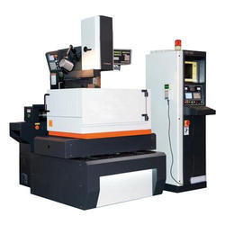 Capacity: 0-5 ton/day Y&J C Shape structure CNC Wire Cut EDM Machine, Table Type, Model Name/Number: Qc 400