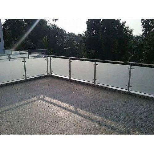 Stainless Steel Balcony Glass Grill Rs 1200 Feet Gokul Steel Art