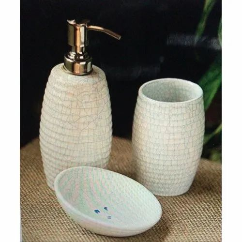 White Neelkanth Traders Ceramic Hand Painted Bathroom Sets Rs 380 Set Id 21120880188