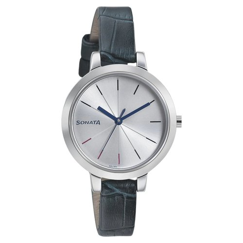 Sonata Analog Girls Round Dial Wrist Watch