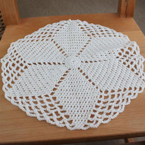 White Round Handmade Crochet Tablecloth Size 36 Inch Rs 275