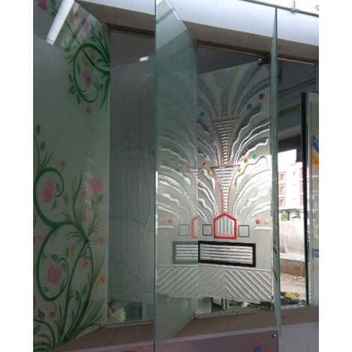 Multicolor Printed Decorative Glass, Thickness: 7-12mm, Size: 6-7 Feet