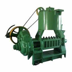 6 Bolt Commercial Oil Expeller Machine, Capacity: 600 Kg/Hr