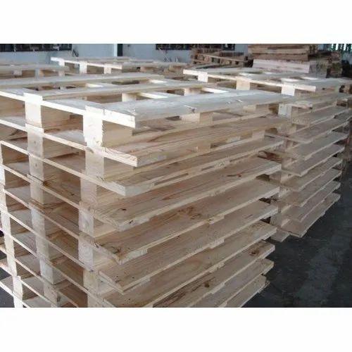Industrial Pine Wood Pallets