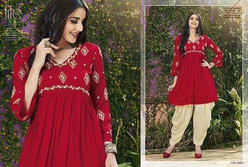 fb73d5e4fd Patiala Suit at Rs 799 /piece   Saroligam   Surat   ID: 11380928162