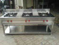 A1 Kitchen Three Burner Indian Range, For Restaurant