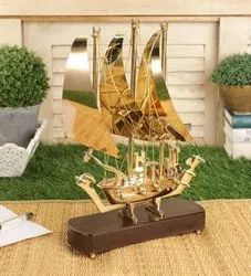 Brass Titanic Ship with Wooden Base (10 Inches), Size/Dimension: 30 Cm X 5.08 Cm X 30 Cm, Packaging Type: 1 Content