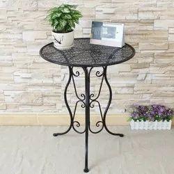 Custom Rayan International Black Round Shape Metal Table, Size/Dimension: Custom Size, Size: Custom Size