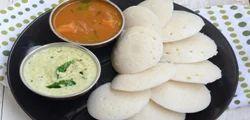 South Indian Breakfast Food Idli, Packaging Type: Loose, Packaging Size: Loose