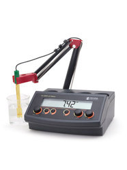 PH/MV Benchtop Meter - 2209
