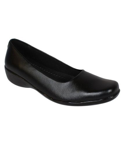 e42a43f12ea69 Girls Black Belly Shoes