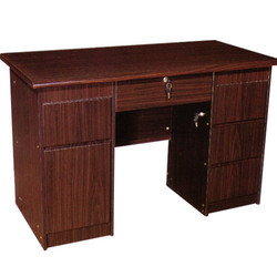 Wooden Executive Office Table Size Feet X Feet Rs Piece - 4 feet office table