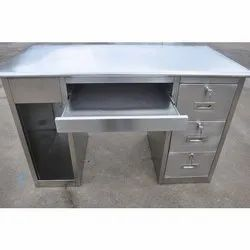 Metal Classic SS Computer Table, Size: Standard