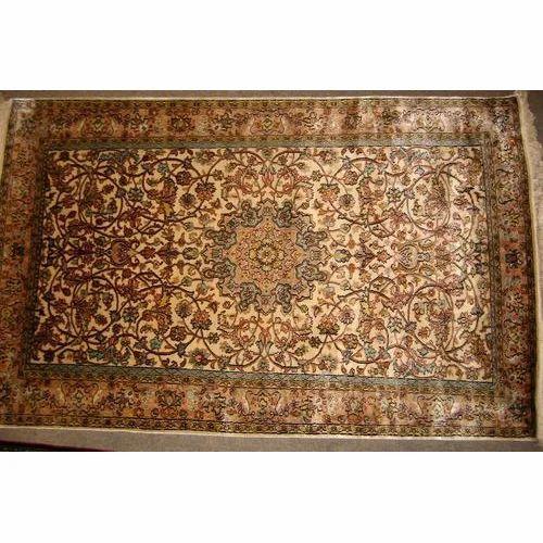 Silk Kashmir Carpet At Rs 25000 Piece