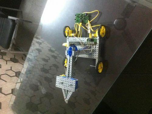 DIY Robotic Kit - Rockson Robotic Arm Kit Manufacturer from Noida