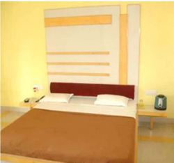 Double Bed Room Rental Service