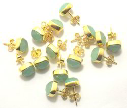 Peru Chalcedony Stud Earrings Set
