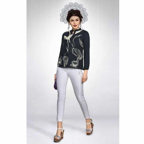 0ef8ac8659 Manufacturer of Women designer kurti & Exclusive Women Tops by ...