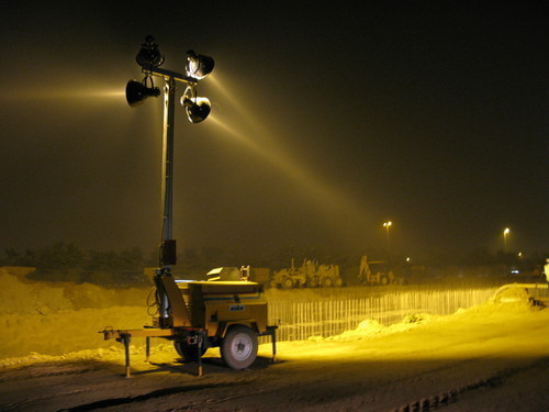 Mast Climbing Platform Lighting Towers Manufacturer From