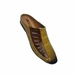 Slip On Casual Mens  Designer Leather Shoes, Packaging Type: Box