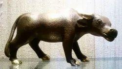 Brown Bronze Bull, For Interior Decor, Size/Dimension: 12 Inches