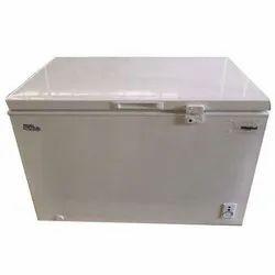 CFW 400 Chest Freezer