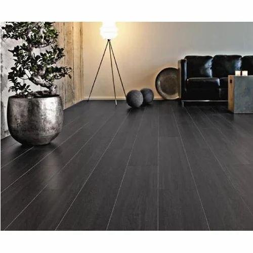 Oak Ebony Laminated Flooring At Rs 90 Square Feet Oak Flooring