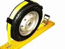 Automobile Wheel Lashing