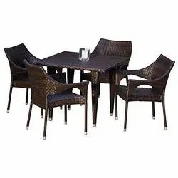 Universal Furniture Garden Table with Chairs Set