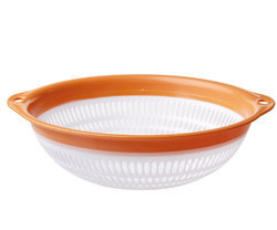 Big Plastic Colander with Ring