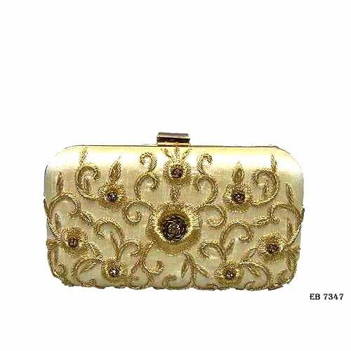 879165a473e Georgette Female Fancy Golden Clutch Bag, Rs 800 /piece, Anand Ji ...