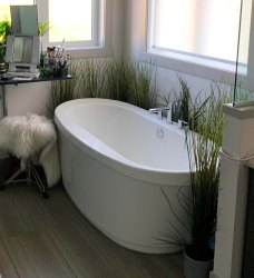 Victoria Bath Tub